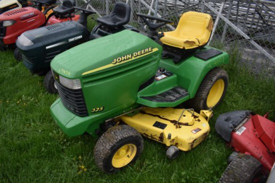 JD 325 54'' Deck, 18hp Kawi FC540 Engine,Power Assist Stering, Hydro Drive