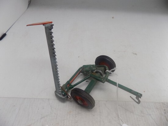 New Idea Sickle Bar Mower, 1:16 Scale, Complete from 50's, Very Nice Old Pi