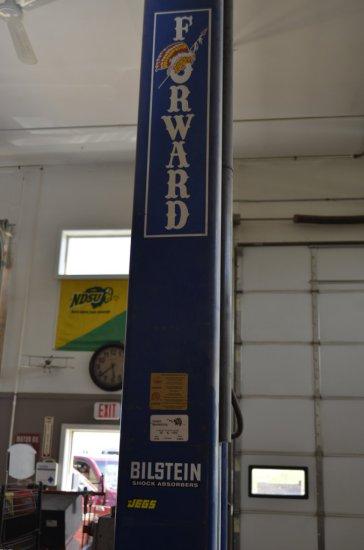 Forward MFG. DP10A 2 Post Lift