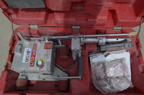 Soff-Cut Electric Concrete Saw