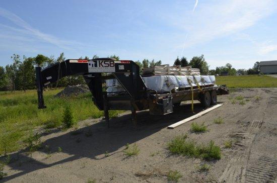 2011 Road Clipper Gooseneck Flatbed Trailer