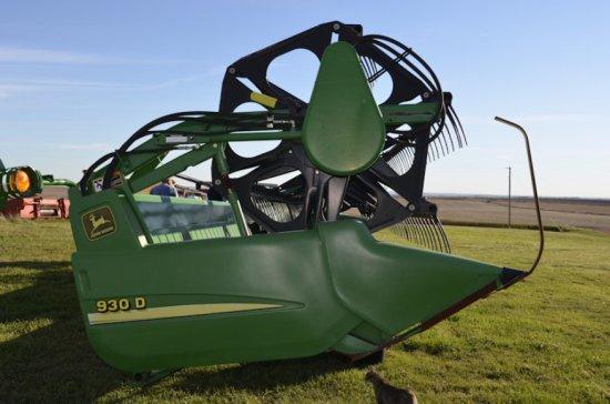 JD 930 Draper Head - Finger Reel, w/JD Transport