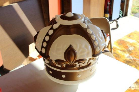 Original Gold Crown Gas Pump Globe