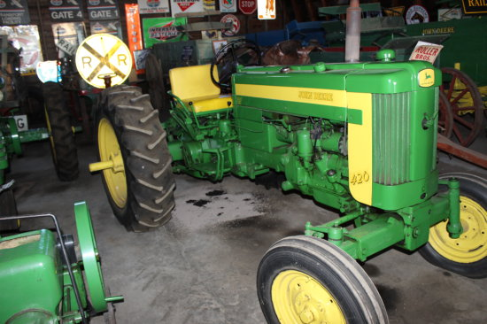 JD 420 Tractor