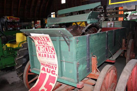 McMorick Deering Wagon