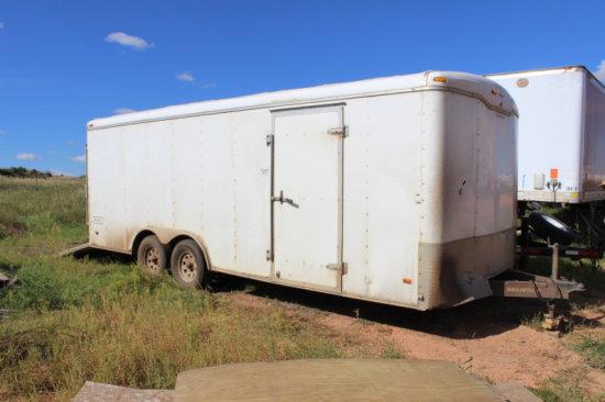 2005 Transport DLX Haulmark enclosed trailer