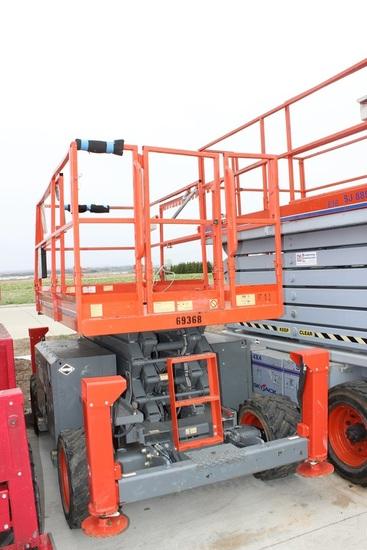 2007 Skyjack SJ6832RT Scissor Lift