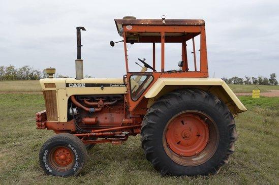 1966 Case 930 Comfort King Tractor