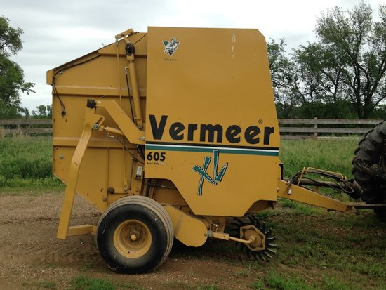 605xl Vermeer Round Baler