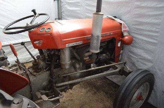 Massey Ferguson Deluxe 35 Tractor