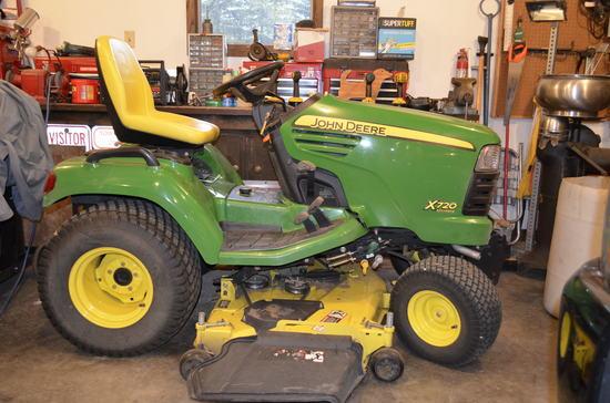 """2009 JD X720 54"""" Lawn Mower"""