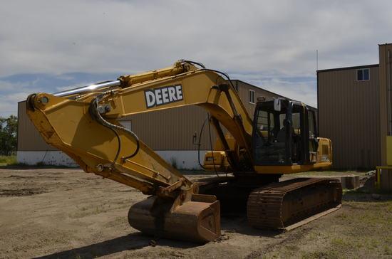 2003 John Deere 270C LC Hydraulic Excavator