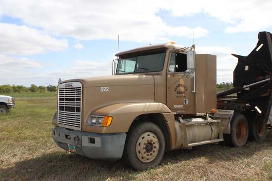 1999 Freightliner FLD CON Day Cab