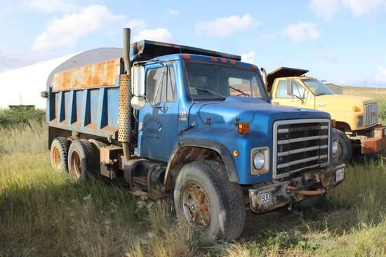 1982 IH Model S Dump Truck