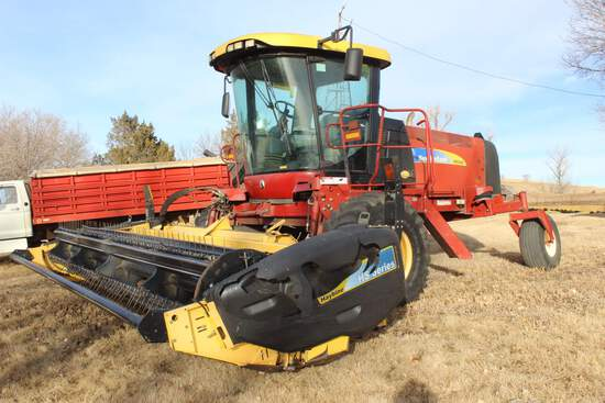 2010 NH H8040 Windrower