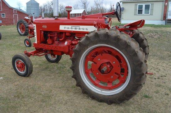1957 IH 450 Gas