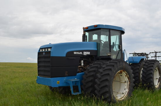 1996 NH 9682 4X4 Tractor