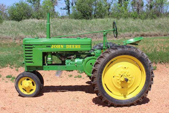 1939 JD H Tractor