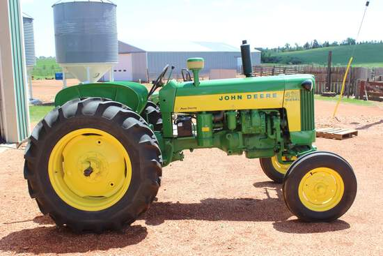 JD 435-D Tractor