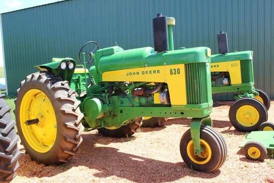 1959 JD 630 Tractor