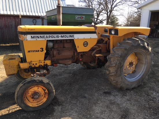 1967 Minneapolis Moline Super Jet Star 3 gas tractor S.#28302973 w/w. fr., 3-pt. & fenders.