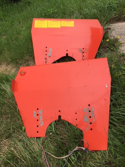 Set of Allis Chalmers fenders.