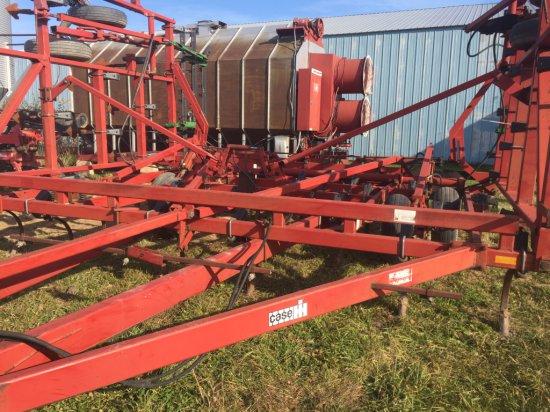 Case/IH #4900 Field Cultivator