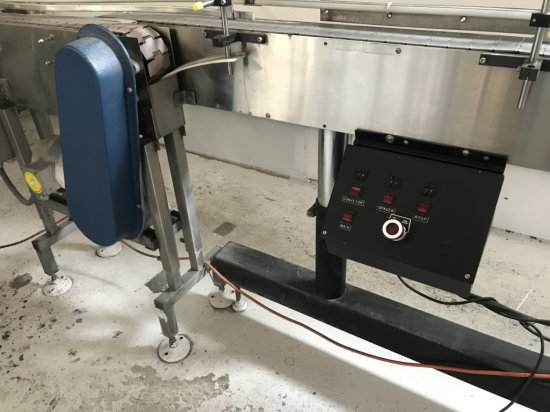 OZOTECH OZONEATOR W/MIXING TANK AND OXYGEN CONCENTRACTOR, ELECTRIC PUMP AND FILLER