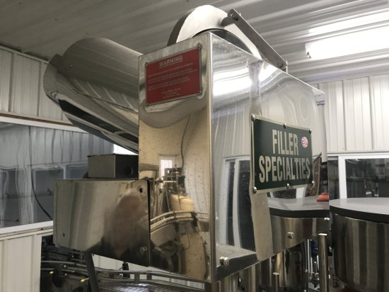 STAINLESS STEEL 25 BU. HOPPER W/SPEED CONTROLLER AND 16' CONVEYOR