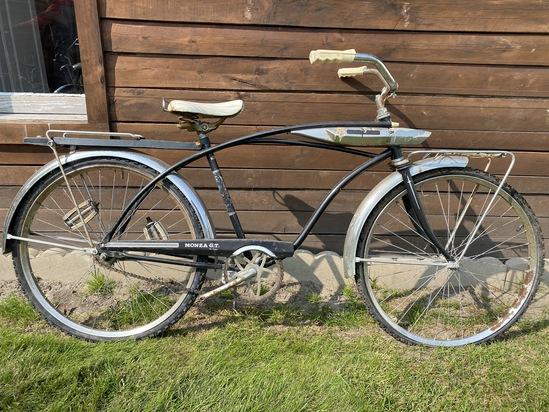 """1960's Huffy Monza G.T.  26"""" Men's Bike"""