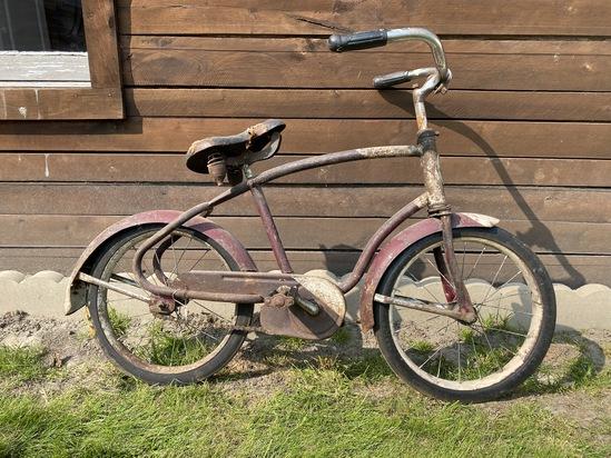"1940's Universal (Port Austin Mfg.) 16""  Boy's Bike"