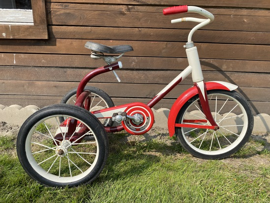 """1950's Murray 14"""" Chain Drive Tricycle"""