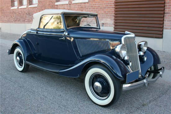 1934 FORD DELUXE CABRIOLET