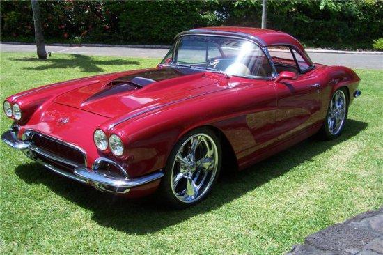 1962 CHEVROLET CORVETTE 350/300 ROADSTER
