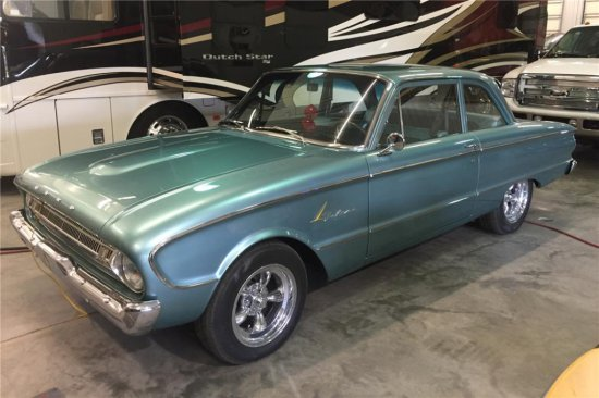 1961 FORD FALCON CUSTOM SEDAN