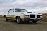 1972 OLDSMOBILE CUTLASS PACE CAR RE-CREATION