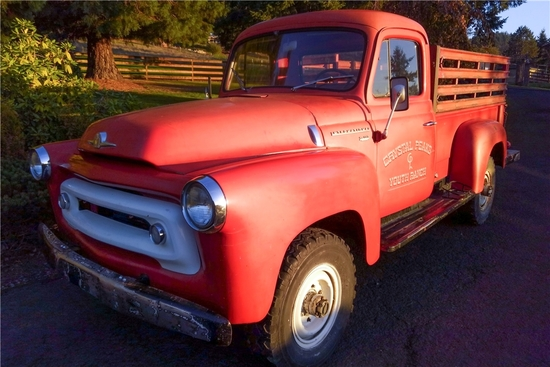 1956 INTERNATIONAL S-120 PICKUP