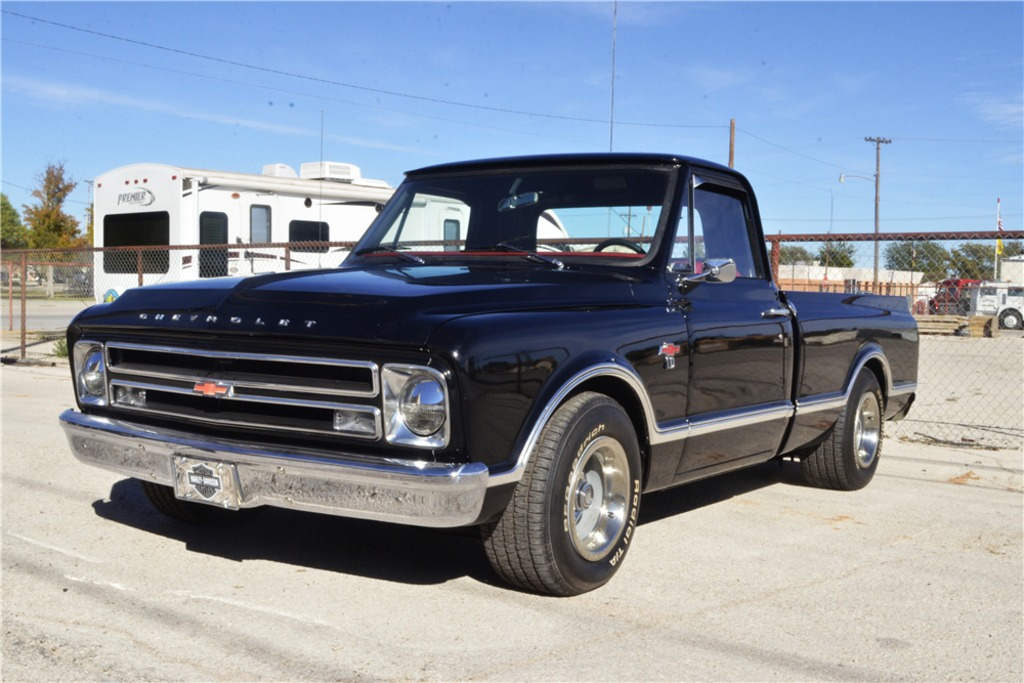1967 CHEVROLET C10 CUSTOM PICKUP