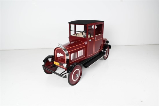 1924 CADILLAC SEDAN PEDAL CAR BY TOLEDO