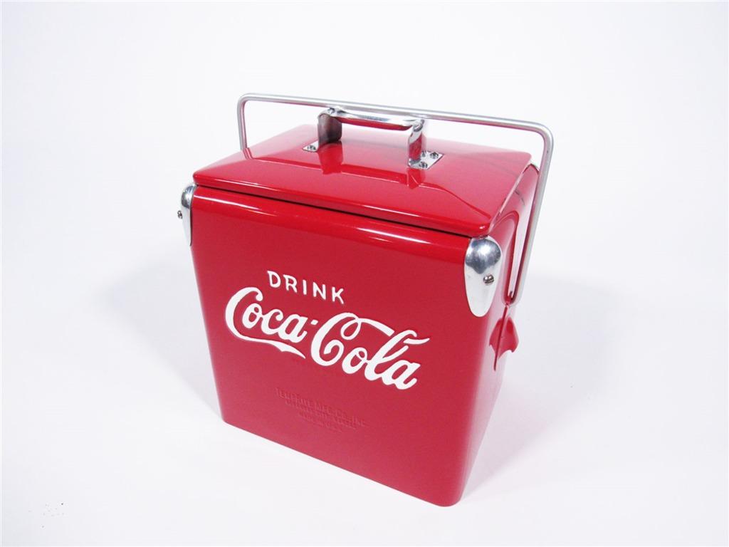 1950S DRINK COCA-COLA SMALL PICNIC COOLER