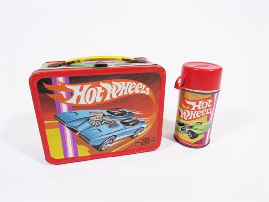 1970S HOT WHEELS METAL EMBOSSED LUNCHBOX
