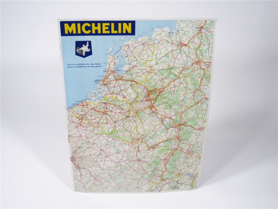 1964 MICHELIN TIRES SERVICE STATION TIN TRAVELERS GUIDE
