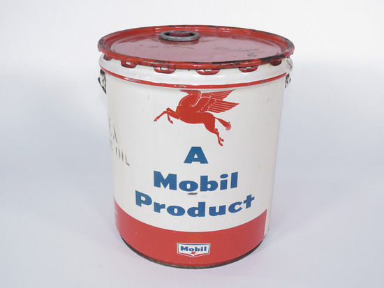 LATE 1950S-EARLY 60S MOBIL OIL TIN WITH PEGASUS LOGO
