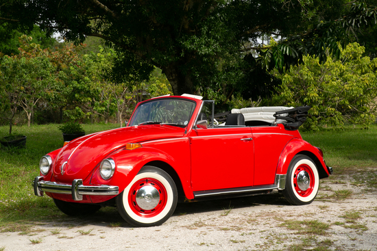 1972 VOLKSWAGEN SUPER BEETLE CONVERTIBLE