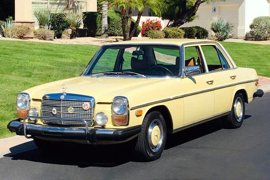 1976 MERCEDES-BENZ 300D