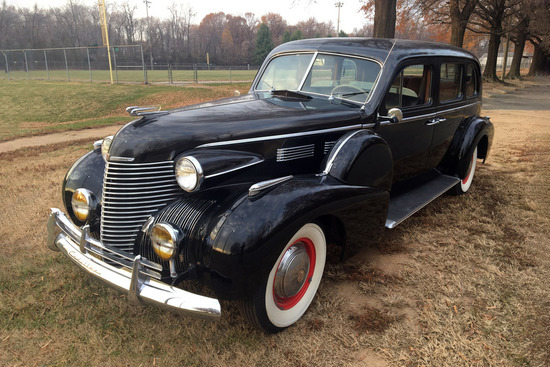 1940 CADILLAC FLEETWOOD IMPERIAL LIMOUSINE