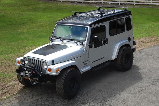 2006 JEEP WRANGLER UNLIMITED CUSTOM SUV