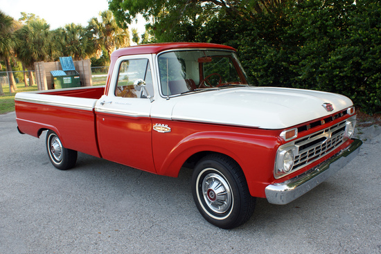 1966 FORD F-100 CUSTOM PICKUP