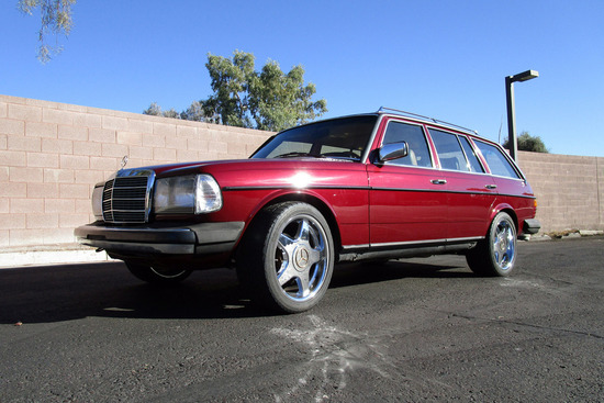 1983 MERCEDES-BENZ CUSTOM WAGON