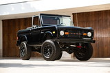 SIMON COWELL'S 1977 FORD BRONCO CUSTOM SUV